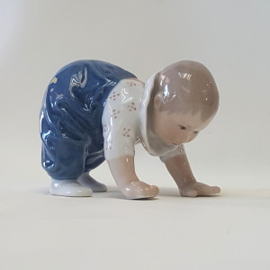 Bambino carponi