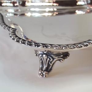 centrotavola quadrato argento 800, martellata a mano