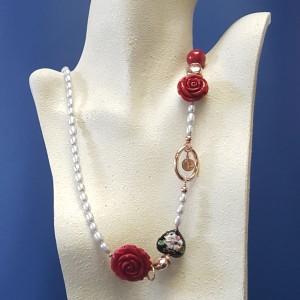 collana perle di fiume grigie